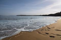 Barry Island 05/05/16 (Pentax Gareth) Tags: sea seascape tourism water wales island coast pentax tide footprints vale coastal foam da barry glamorgan barryisland 1650mm k5ii