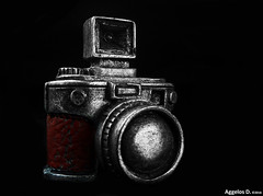 20160503_175840 (Aggelos Delis) Tags: camera leather vintage lens flash compact viewfinder