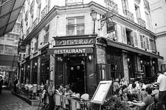 touriste  Paris ... (Coeur Caf) Tags: paris bar terrasse bistro resto brasserie odon touriste
