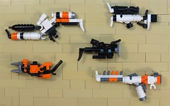 Gun Nut (Grantmasters) Tags: lego district 9 guns