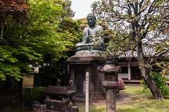 Yanaka cemetery (TheSpaceWalker) Tags: cemetery japan photography japanese tokyo photo nikon pic 1750 tamron yanaka d300 yanakacemetery