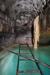 Petit bassin et concrtions (flallier) Tags: water underground eau tunnel galerie subterranean souterrain calcite bassin chelle concrtions