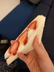 Ichigo sammich (Nelo Hotsuma) Tags: japan store strawberry asia okinawa snacks sandwiches convenience lawsons ichigo