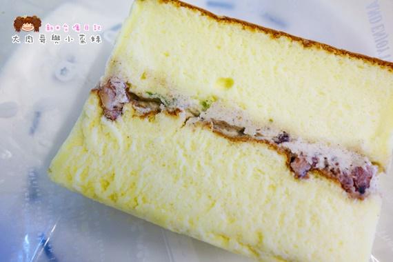 米酪客達克鹹蛋糕 (7).JPG