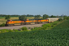 Rolling Countryside (Trainboy03) Tags: santa burlington illinois il orion fe northern bnsf 5303