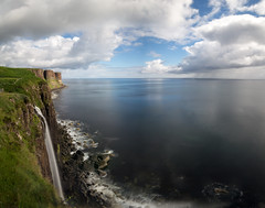 Mealt Waterfall and Kilt Rock (Kyoshi Masamune) Tags: scotland kyoshimasamune isleofskye westscotland skye innerhebrides highlands wideangle ultrawideangle seascape cliff seastack trotternish coast coastline skyrim kiltrock mealtwaterfall longexposure zomei cokinfilters nd1000 uk zomeind1000