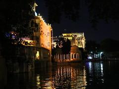 Udaipur -The lake city (Rahul Gaywala) Tags: morning light india castle history festival canon dawn lights evening fort dusk indian royal palace celebration 5d lamps dslr diwali hindu incredible rajasthan udaipur deepawali rajsthan 24105 dipawali udaypur dipavali canon5dmarkiii 5dm3 canon5dmark3 canon5dm3
