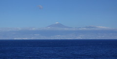 The towering volcano Teide in the background on the island of Tenerife (Andy Coe) Tags: ocean cruise holiday islands la san ship sebastian sony dream atlantic thomson cruiseship canary alpha gomera a77 lagomera