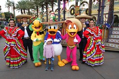 "It's a Disneyland Holiday ""Disney Viva Navidad!"