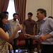 Mauricio Macri saluda a los ganadores del Gran Premio Camino a Abbey Road.-