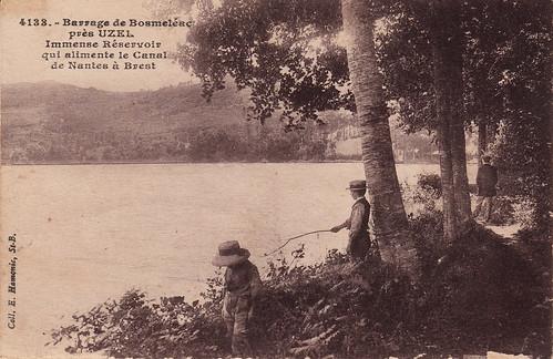 4133. Barrage de Bosméléac près Uzel, Immense Réservoir qui alimente le Canal de Nantes à Brest (c.1934)