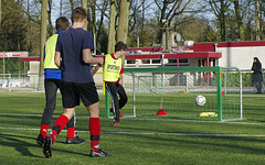 _IMG5722 (Henk de Regt) Tags: b goal 4x4 c voetbal wedstrijd bal loenen voetbalveld loenermark junioren b1c1