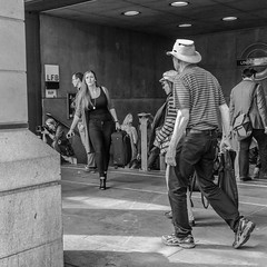 London streets (cpphotofinish) Tags: street uk building london westminster station canon underground unitedkingdom britain candid streetphoto canondslr bnw cityoflondon streetcandid ef1740mmf4lusm carstenpedersen canon5dmk3 cpphotofinish canonredlable carst1