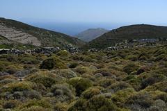 27-Grce Greece 07/2015 (Chanudaud) Tags: sea mer mountain montagne landscape island nikon village ngc greece paysage grce andros cyclades nationalgeographic le