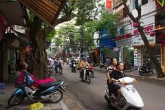 Hano (hip road) Tags: vietnam viet hanoi nam