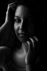 LIGHTS AND SHADOWS (elisanobile) Tags: portrait ritratto bn bw canon7dmarkii canon luce lucenaturale ombre shadows lights