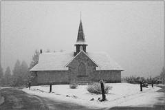 Snow chapel (Ceci Newton) Tags: capilla iglesia orarotorio nieve chapel snow winter invierno frio cold bariloche