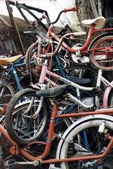 sans titre 95 9.jpg (fdc!) Tags: bicyclette factueldescriptif moyendetransport transport transportsindividuels vehicule velo vlo vloendommag vlos cycle cycles deuxroues littlebiggalerie vlo vloendommag vlos