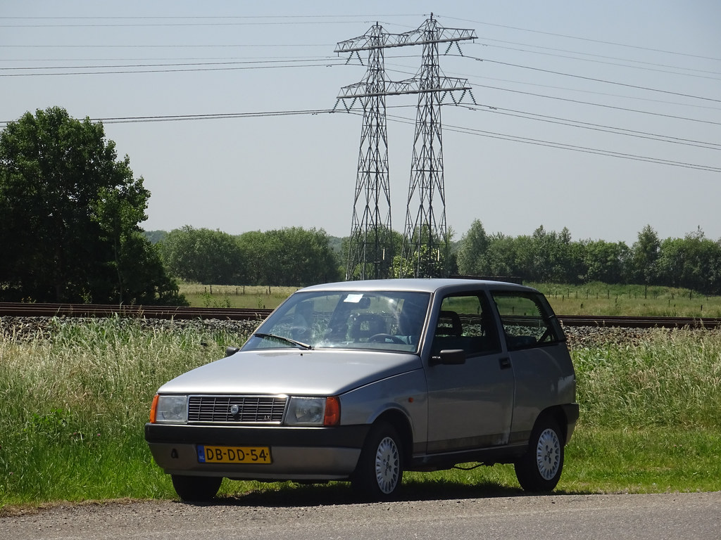 The worlds most recently posted photos of lancia and y10 flickr my 1991 lancia y10 11 lx selectronic amp 2003 fiat panda peterolthof tags vanachro Choice Image
