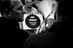 . (Thorsten Strasas) Tags: berlin fahne flagge kundgebung meinungsfreiheit mitte potsdamerplatz pressefreiheit rte receptayyiperdogan redakteur rede redefreiheit schild schwarzwei tiergarten tuerkei turkey flag freedomofspeech leftwing pressfreedom protest rally sign speech tageszeitung taz germany de