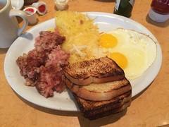 CORNED BEEF HASH EMIL VILLA'S WALNUT CREEK CA. (ussiwojima) Tags: california food breakfast dinner lunch restaurant walnutcreek emilvillas