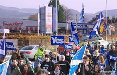 Dumbarton Demo (1789Photography) Tags: november demo march scotland scottish escocia demonstration independence dumbarton manifestation schottland ecosse 2014 scozia proindependence 161114 independencias