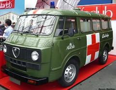 Alfa Ambulance (Schwanzus_Longus) Tags: alfa ambulance bus car classica cross emergency essen f12 german germany green italy red romeo talian techno truck van vehicle vintage work working greencross oldvintage