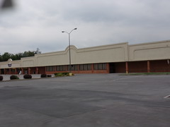 Former Food Lion Shippensburg, PA (Coolcat4333) Tags: food lion pa former shippensburg