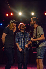 Stu Larsen, Ed Sheeran, Mike Rosenberg (Push Forwards) Tags: music mike ed 50mm nikon stu nashville 14 passenger backstage soundcheck larsen rosenberg d600 2013 sheeran pushforwards ronibarra