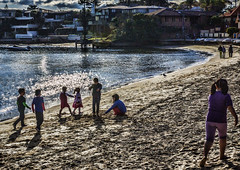 Fun In The Sun. (TOXTETH L8) Tags: cold july sydneyharbour watsonsbay midwinter swimmingkids