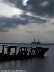 Skeleton Wreck - Thames Estuary (Daveyboy_75) Tags: longexposure cliff grain olympus shipwreck dslr filters boatwreck ndfilters thamesestuary e450 skeletonwreck 10stopper grainpeninsular davidnealephotography