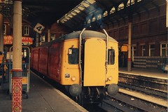 Class 128 in Post Office Red at Norwich (jpgeyers) Tags: red office post class parcels norwich unit 128