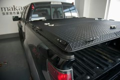 A Black Heavy Duty Cover on a Ford Raptor (DiamondBack Truck Covers) Tags: china ford aluminum closed c garage beijing pickuptruck raptor diamondback diamondplate blacktruck ff09 tonneaucover truckbedcover tailgatedown driversidetaillightview ruggedblack