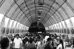 The book passage. (Hernan Soberon) Tags: people blackandwhite canon 50mm events suburbia streetphotography feria books passage feary 70d canon70d hsoberon hernansoberon endorinc norebos