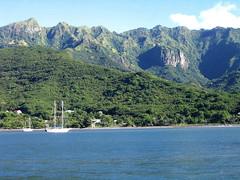 NukuHiva_7570 (Slackadventure) Tags: sun water boats islands sailing pacificocean cruisers circumnavigation marquesas slackadventure