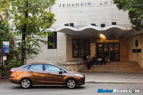 2015-Ford-Fiesta-Long-Term-09