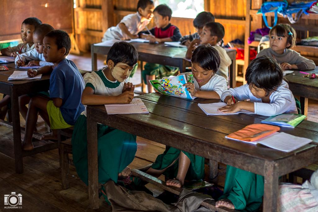 Escuela infantil de Kan Hla Ywa en Inle Lake (Myanmar)