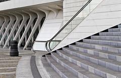 Lige Guillemins (l a b e t e) Tags: station architecture belgium gare eisenbahn bahnhof trains luik santiagocalatrava lige lttich 2011 photokmatrixde