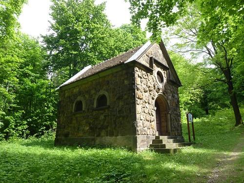 Kaplica Modlitwy w Ogrójcu w Bardzie na stokach Różańcowej