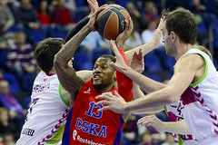 J2 TOP16. CSKA-Laboral Kutxa Baskonia
