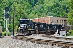 Norfolk Southern Keystone, WV (jtrainb) Tags: railroad train norfolk southern westvirginia transportation coal