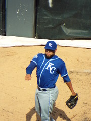 DSCF7624 (dishfunctional) Tags: white chicago field us baseball sox cellular kelvin mlb royals herrera