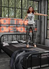 July 11th, 2016 - Catching Air (zilpha.birdsong) Tags: redhead secondlife barefoot pajamas gacha maitreya magika haikei halfdeer nylonoutfitters catwa cheekypea deaddollz larahurley collabor88 luxebox zilhasagachaproblem