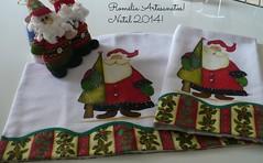 capa d'agua e pano de prato (romelia.artesanatos) Tags: natal pintura tecido natalina