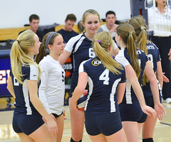 PM20141112-012.jpg (Menlo Photo Bank) Tags: ca girls people usa fall sports students court us event match volleyball smallgroup atherton 2014 upperschool menloschool photobypamtsomckenney