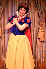 Snow White (EverythingDisney) Tags: fairytale hall princess disney disneyworld wdw waltdisneyworld snowwhite magickingdom princesssnowwhite
