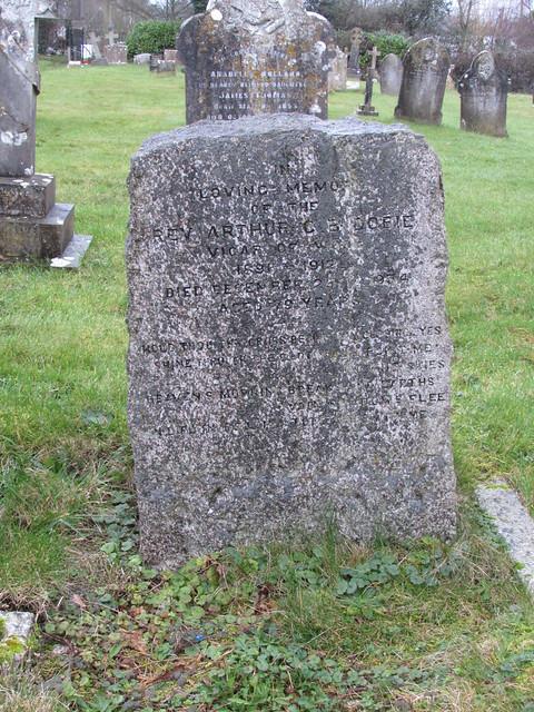 Wool: Holy Rood Churchyard (Dorset)