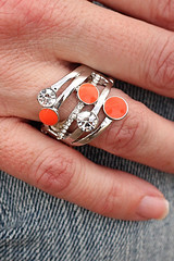 Ring-Orangekit1March-Box01