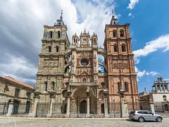 Catedral de Astorga (Moncoll) Tags: len astorga