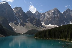 Moraine Lake, Banff National Park. (Chris Firth of Wakey.) Tags: canada alberta banff morainelake